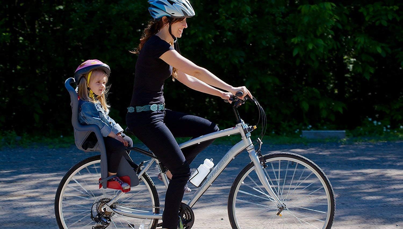 Tout ce qu'il faut savoir sur un porte-bébé vélo