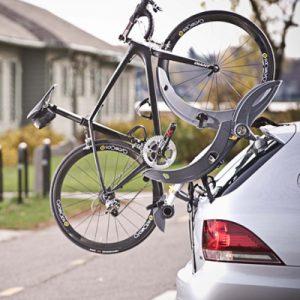 Portes-vélo de coffre